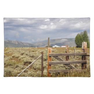 コロラド州の草原による塀 ランチョンマット