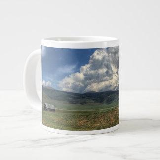 コロラド州の農場 ジャンボコーヒーマグカップ