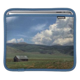 コロラド州の農場 iPadスリーブ