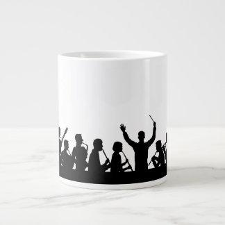 コンダクターの輪郭およびバンドは白で黒くします ジャンボコーヒーマグカップ