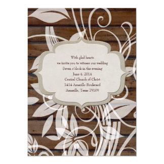 コンテンポラリーなノスタルジアの木製の花の結婚式の招待 14 X 19.1 インビテーションカード