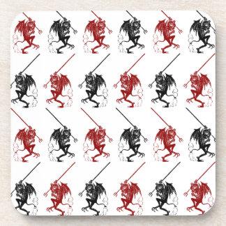 コースターの小さい悪魔の赤く黒いジグザグパターン コースター