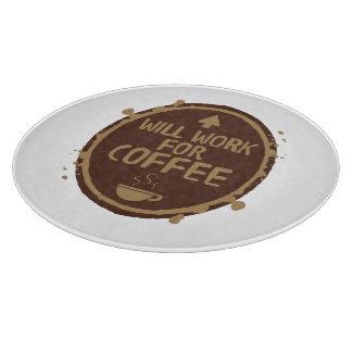 コーヒーのために働きます カッティングボード