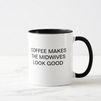 コーヒーは助産婦に一見をよくさせます マグカップ