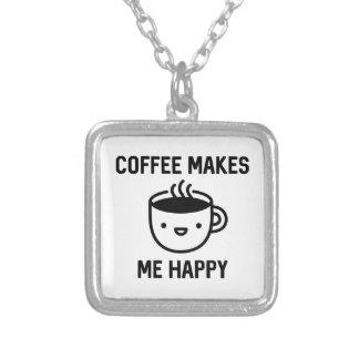 コーヒーは私を幸せにさせます シルバープレートネックレス