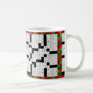 コーヒーまたは茶マグのクロスワード・パズルのデザイン コーヒーマグカップ