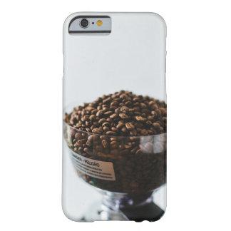 コーヒーをかいで下さい BARELY THERE iPhone 6 ケース