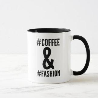コーヒー及びファッションのhashtagのマグ マグカップ