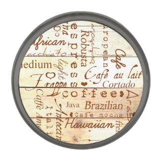 コーヒー恋人のタイポグラフィの芸術によって風化させる納屋板 ガンメタル ラペルピン