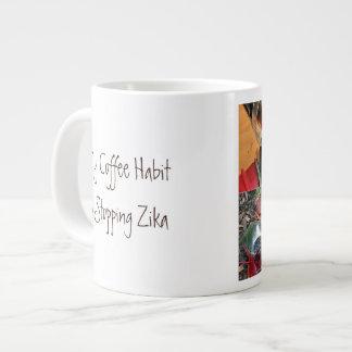 コーヒー習慣はRoseWritesによってZikaをストップ ジャンボコーヒーマグカップ