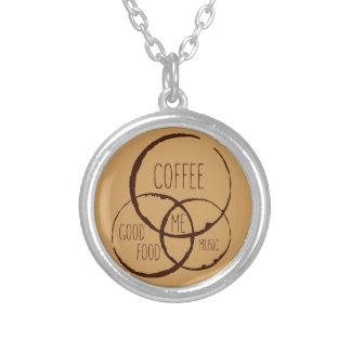 コーヒー、よい食糧、音楽、私! シルバープレートネックレス