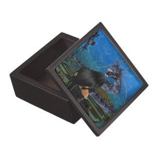 ゴシックの女の子およびドラゴンの記念品箱 ギフトボックス