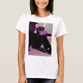 ゴシックの女の子 Tシャツ