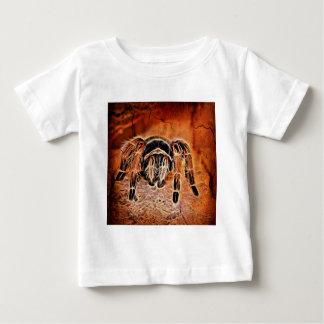 ゴシック様式ハロウィンの気色悪いcrawliesのくものタランチュラ ベビーTシャツ