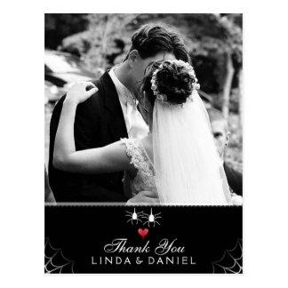 ゴシック様式ハロウィンの結婚式のくもは写真感謝していしています 葉書き