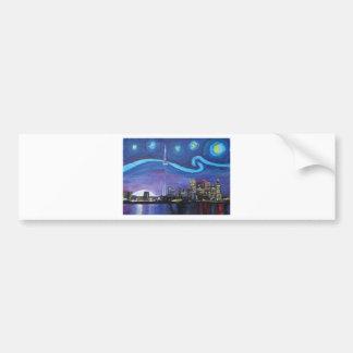 ゴッホのインスピレーションを用いるトロントの星明かりの夜 バンパーステッカー
