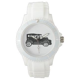 ゴム印、古い車および運転者 腕時計