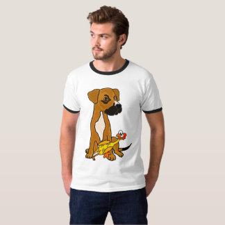 ゴム製鶏のTシャツを持つおもしろいなボクサーの組合せ犬 Tシャツ