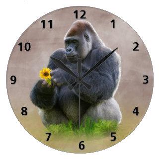 ゴリラおよび黄色いデイジー ラージ壁時計