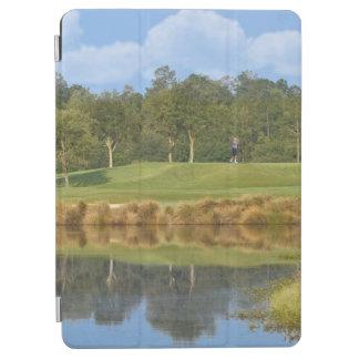ゴルフコースでティーにのせること iPad AIR カバー