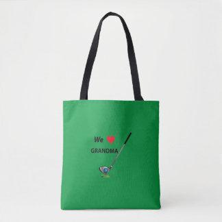 ゴルフ-ゴルフをする祖母、クールな緑 トートバッグ