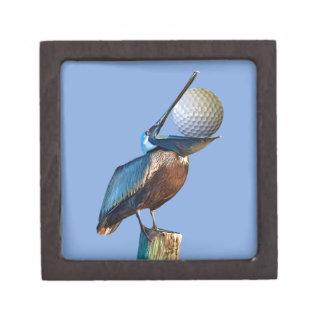 ゴルフ・ボールを持つブラウンのペリカン ギフトボックス