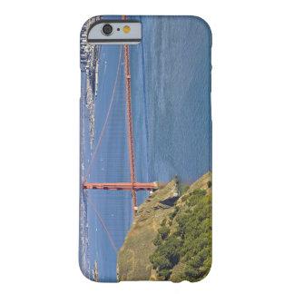 ゴールデンゲートブリッジおよびサンフランシスコ。 2 BARELY THERE iPhone 6 ケース