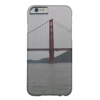 ゴールデンゲートブリッジの美しい写真 BARELY THERE iPhone 6 ケース
