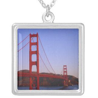 ゴールデンゲートブリッジ、サンフランシスコ、カリフォルニア、2 シルバープレートネックレス