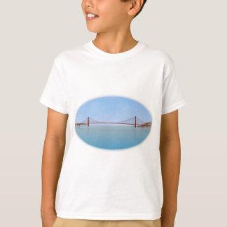 ゴールデンゲートブリッジ: 3Dモデル: Tシャツ