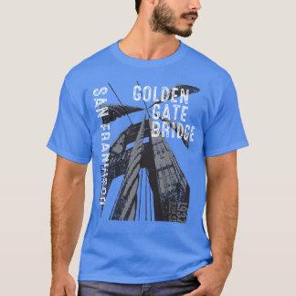 ゴールデンゲートブリッジPOVのデザイン Tシャツ