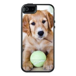 ゴールデン・リトリーバーの子犬は遊びたいと思います オッターボックスiPhone SE/5/5s ケース