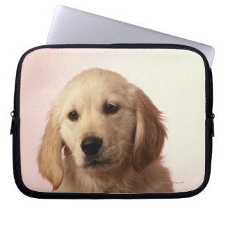 ゴールデン・リトリーバーの子犬 ラップトップスリーブ