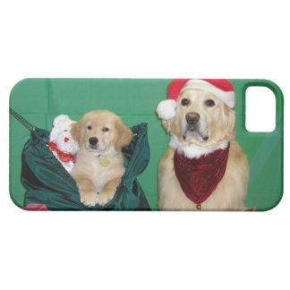ゴールデン・リトリーバーサンタおよびパックのクリスマス Case-Mate iPhone 5 ケース