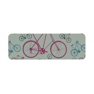 サイクリストのためのヴィンテージの自転車パターンギフト ラベル