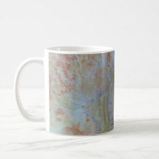 サイケデリックな結晶格子のマグ コーヒーマグカップ
