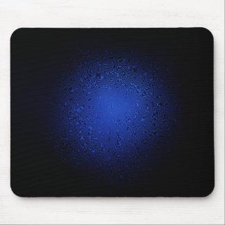 サイケデリックな青は黒で渦巻きます マウスパッド