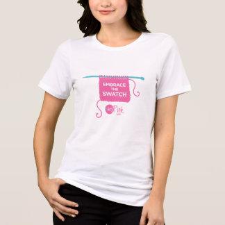 サイズTと材料見本の女性を包含して下さい Tシャツ