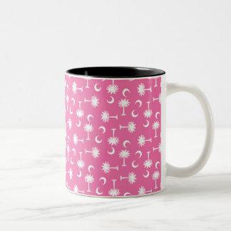 サウスカロライナのパルメットの月の旗のピンク ツートーンマグカップ