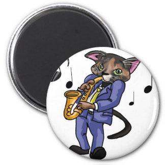 サクソフォーンを遊んでいる猫 マグネット