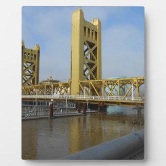サクラメントタワー橋 フォトプラーク