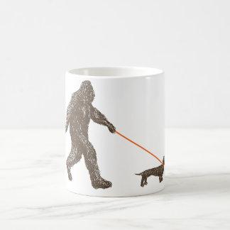 サスカッチで親友 コーヒーマグカップ
