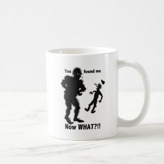 サスカッチによって見つけられるコーヒー・マグ コーヒーマグカップ
