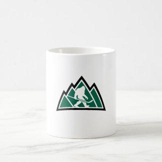 サスカッチのホッケーのコーヒー・マグ コーヒーマグカップ