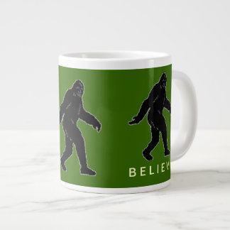 サスカッチは緑のジャンボマグを信じます ジャンボコーヒーマグカップ