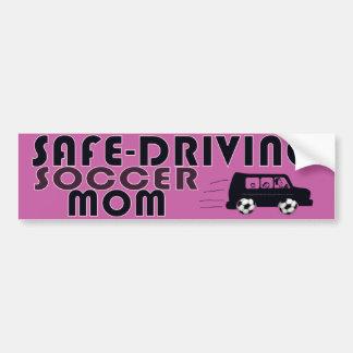サッカーのお母さんの安全運転 バンパーステッカー