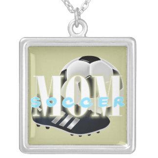 サッカーのお母さんの正方形のネックレス シルバープレートネックレス