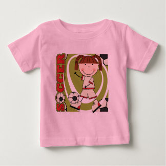 サッカーのブルネットの女の子のTシャツおよびギフト ベビーTシャツ