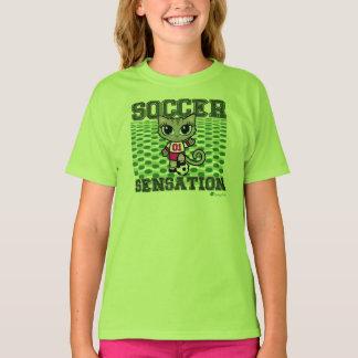 サッカーの感覚生意気な雑談によるかわいい猫のTシャツ Tシャツ