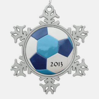 サッカーの青 スノーフレークピューターオーナメント
